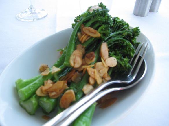 broccolini with almonds